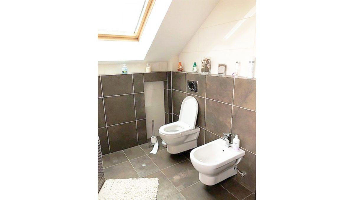 Senec 17 4-izbovy rodinny dom kupelna toaleta bidet