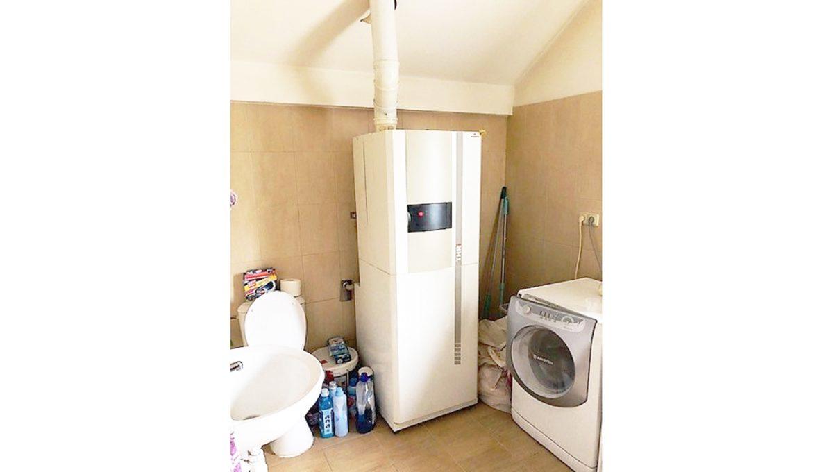 Senec 20 4-izbovy rodinny dom pracka kotol umyvadlo toaleta
