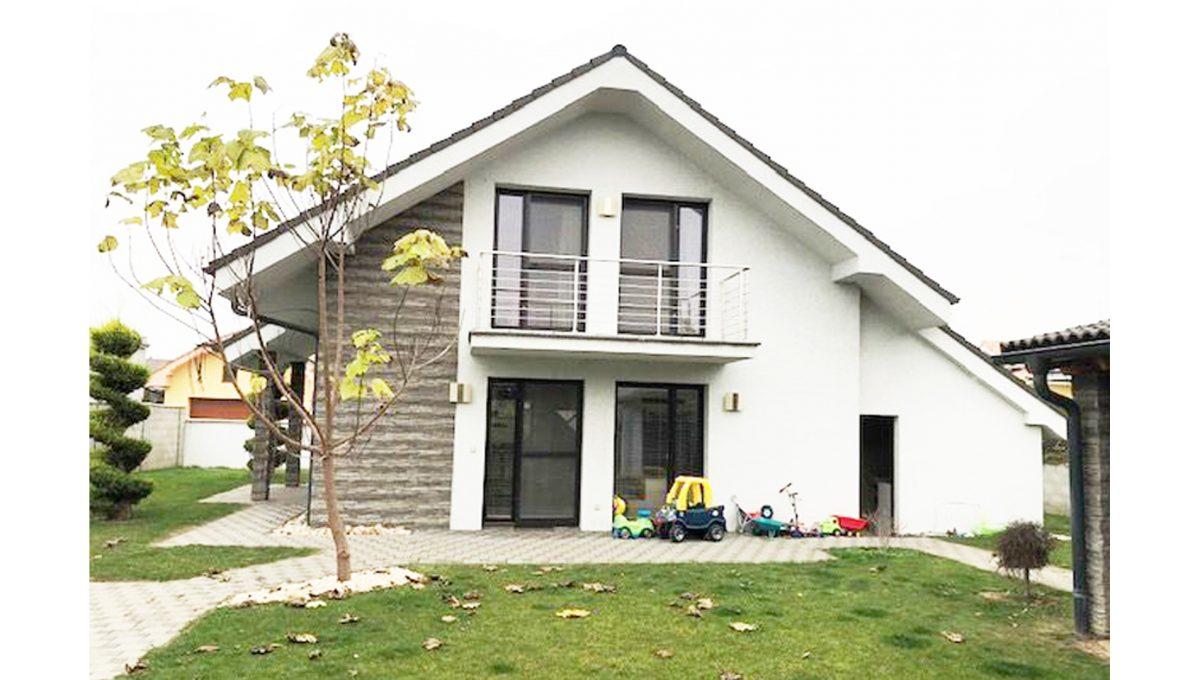 Senec 24 4-izbovy rodinny dom pohlad na dom zo zahrady